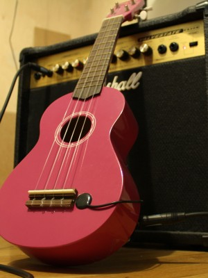 Ukulele with piezo pickup