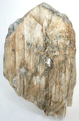 This is a large 660 gram single, sharply terminated crystal of spodumene mined circa mid-1800s.