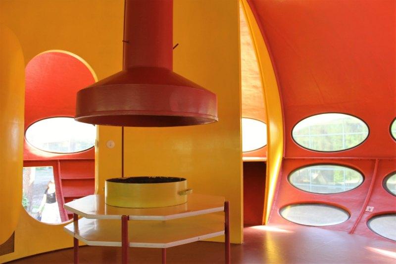 The interior of a Futuro house. Ilkka Jukarainen (CC BY-ND 2.0)