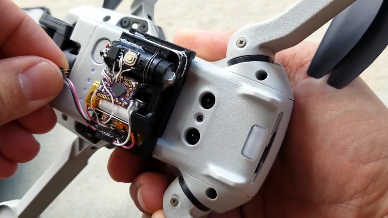 LED Hack Teaches DJI Mini 2 Drone New Tricks