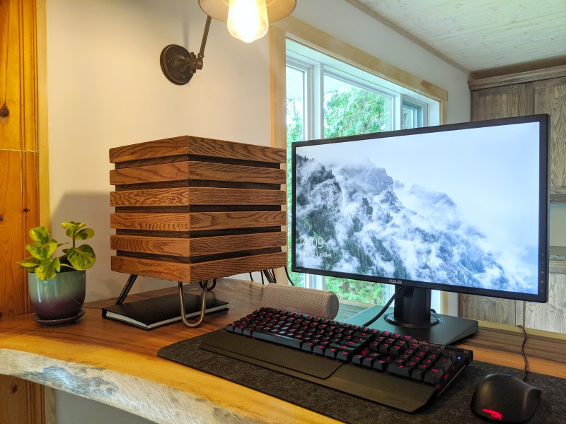 Someone Get This Minimalist Wooden PC a Martini