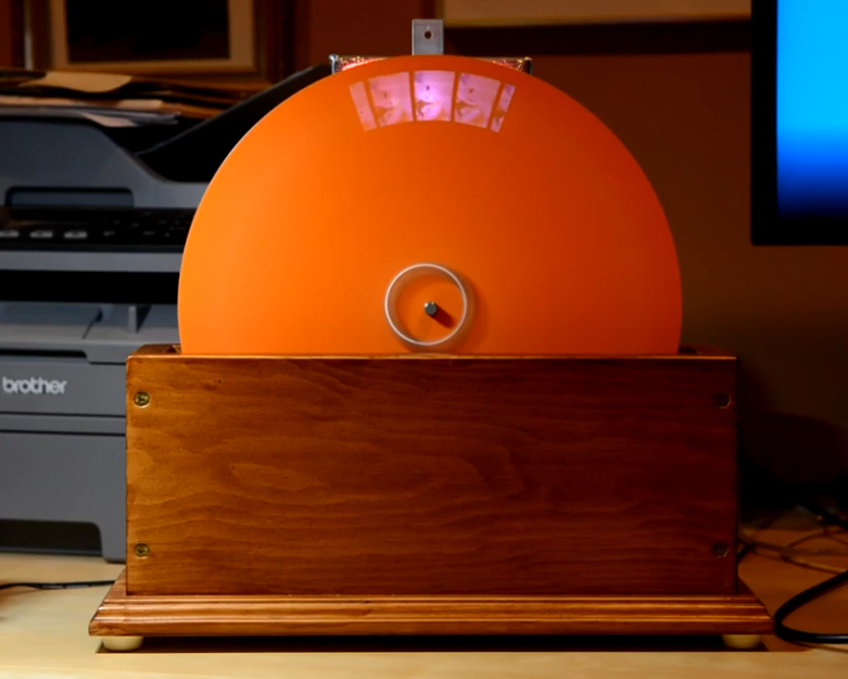 Big Spinning Disk Makes a Small Color Video Display
