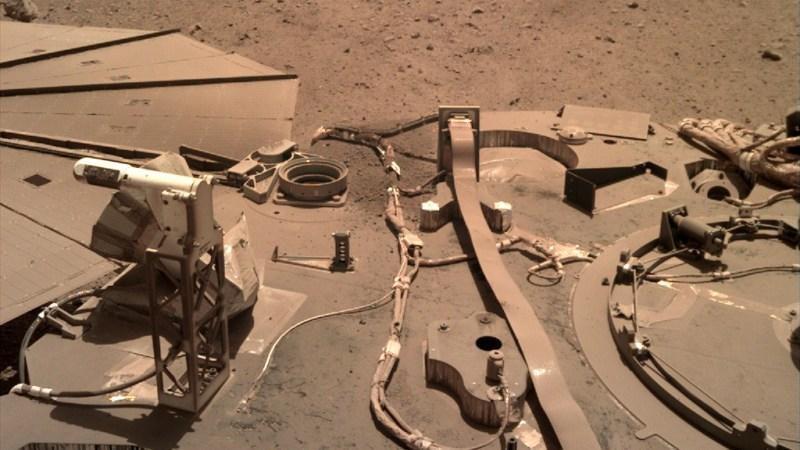 Sand Hack Boosts Power on InSight Mars Lander
