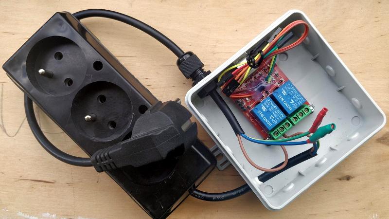 Custom Firmware Teaches USB Relay Board New Tricks