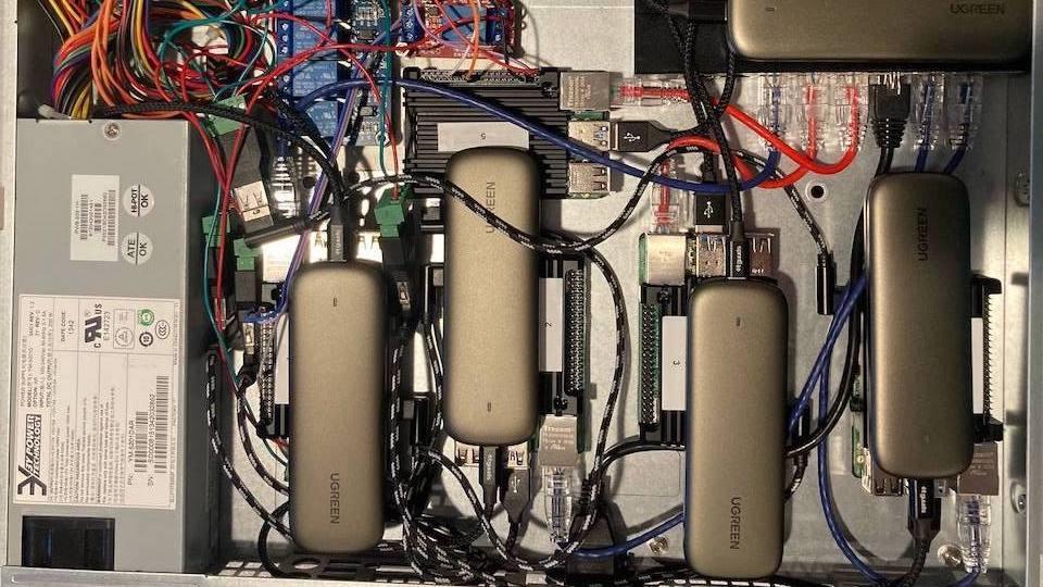 Raspberry Pi Server Cluster In 1U Rack-Mount Case