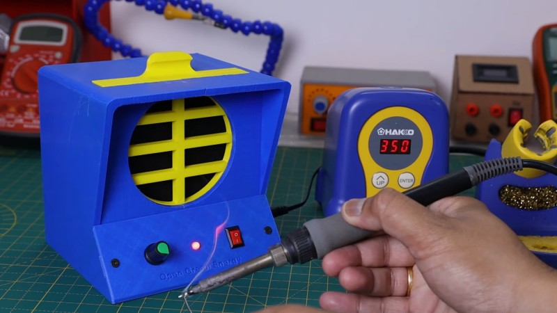 DIY Fume Extractor Keeps Air Clean While You Solder