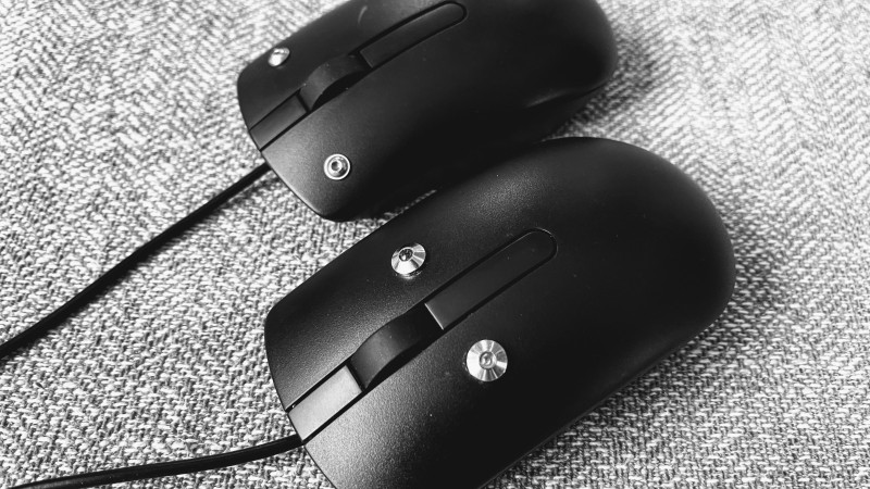 Mice with capactive sensors instead of buttons. Designed for people with low mobility.