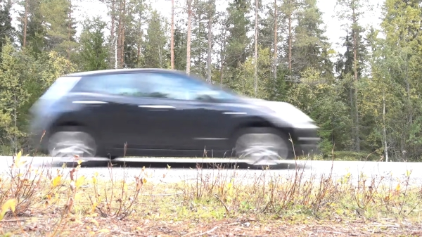 Nissan Leaf Zooms By with 110KW power after Inverter swap and hack